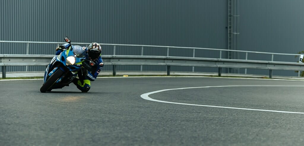 Mit der Suzuki  GSX-R 1000 eine wilde Motorradfahrt erleben